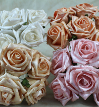 5.5cm Pearlised Foam Rose a Bunch Of Six Flowers