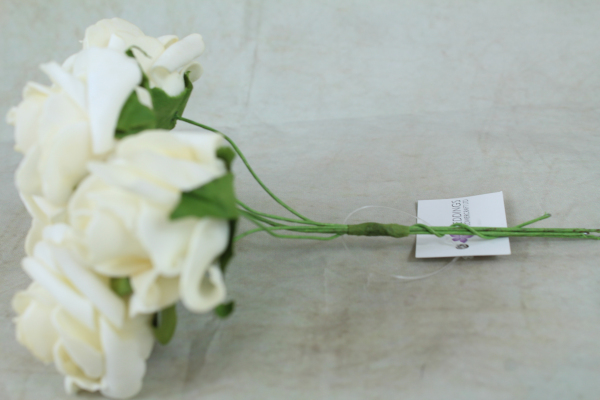 side view of the ivory foam rose bunch