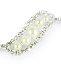 Pearl & Diamanté Pennant Brooch​­ - J​ewellery ​| Weddings & Flowercraft