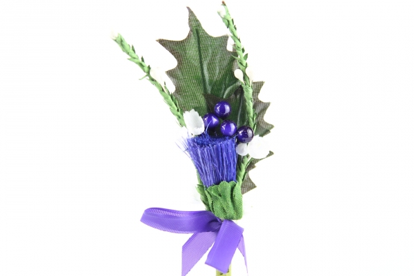 Our beautiful thistle head pick stem with heather sprigs, perfect for craft and decoration