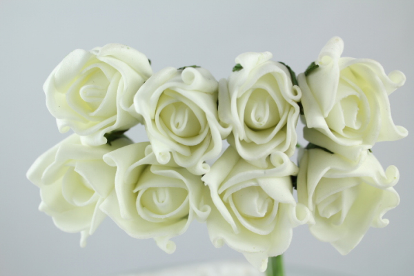 Small artificial Rolled Rose In Bunches Of Eight