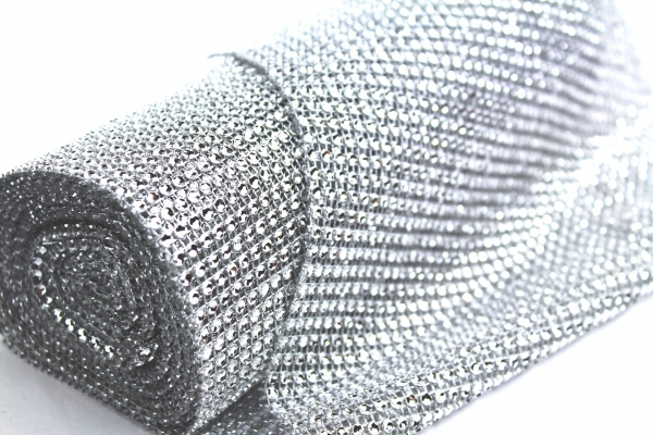 24cm wide Silver bling roll with artificial diamond stones.