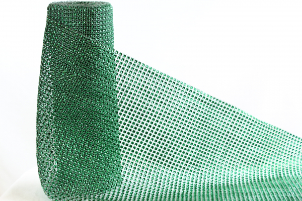 Our 24cm wider Green Emerald 24cm bling roll.